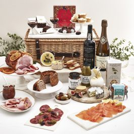 Eleven Pipers Piping Luxury Christmas Hamper