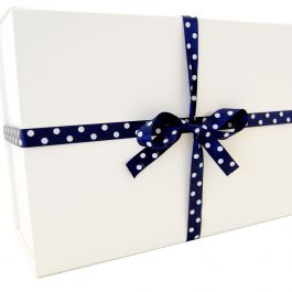 The Cowes Gift Box