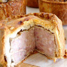 Lincolnshire Sausage Pie - Large (3lb)
